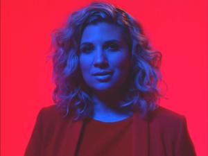 Het schrijven van nieuwe single 'Last Song' was als therapie voor Vera Jonas